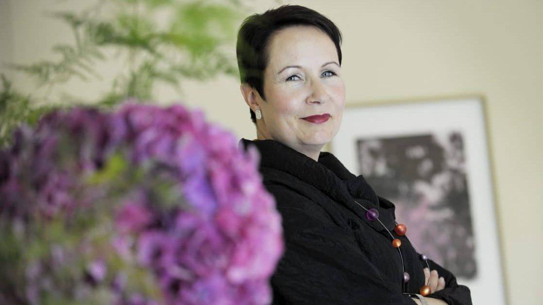 Suvi-Anne Siimes: Emme kuunnelleet mamu-kriitikkoja 1990-luvulla, nyt maksamme hintaa ...
