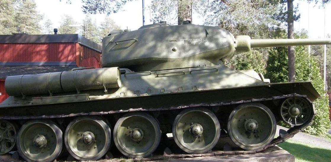 Panssarivaunu Myydään