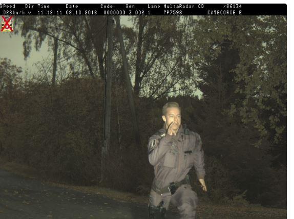 yksi poliisi dating Australia